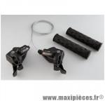 Prix spécial ! Paire de manettes de vitesses VTT alu noir 8x3v. compatible Shimano marque Microshift  avec poignées couleur noir